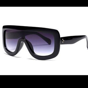 5d509a77c05 Accessories - Fashion Oversized Black Sunglasses